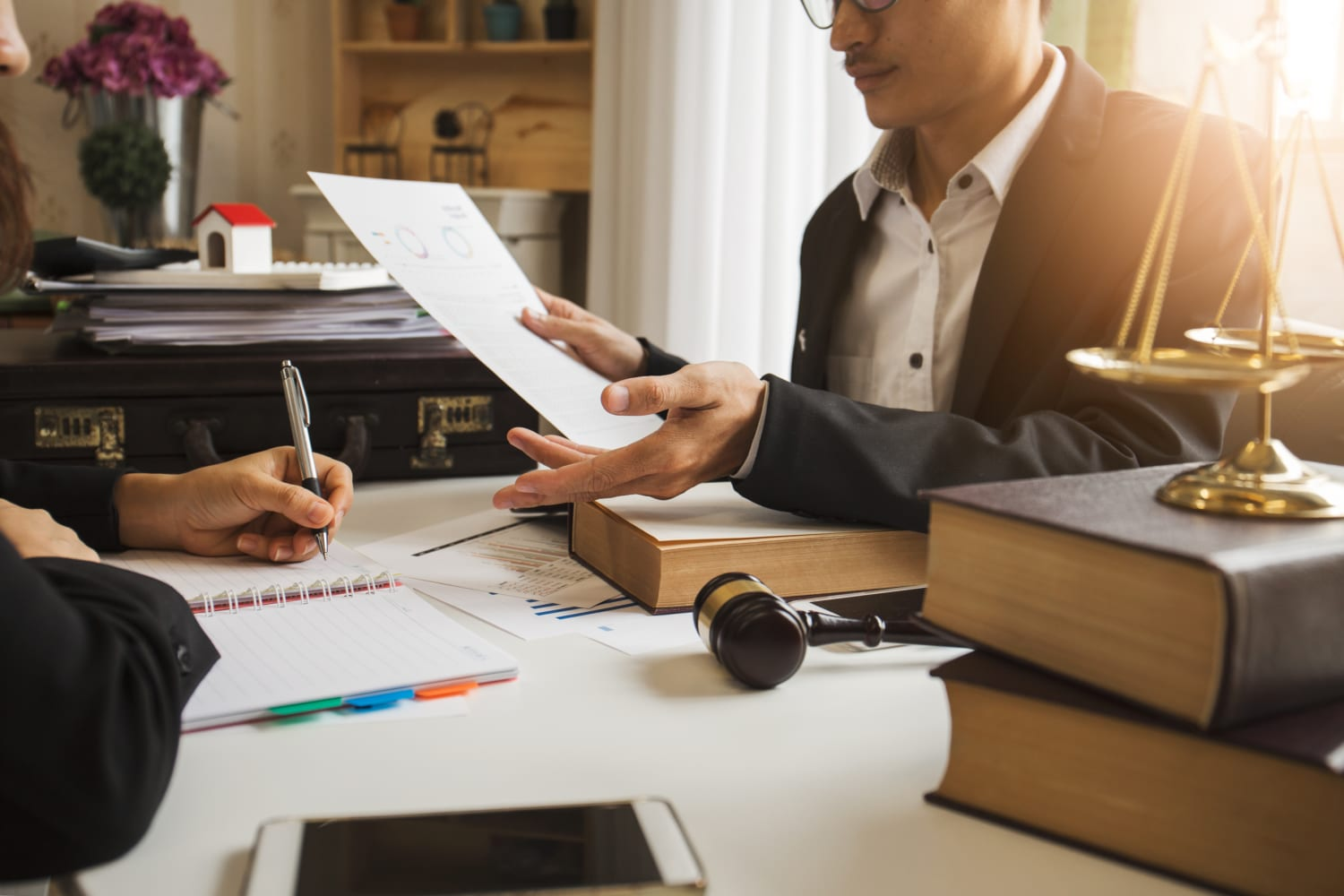 how to find small business lawyer