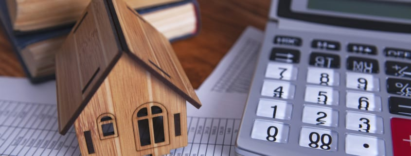 how to lower your homeowners insurance premiums