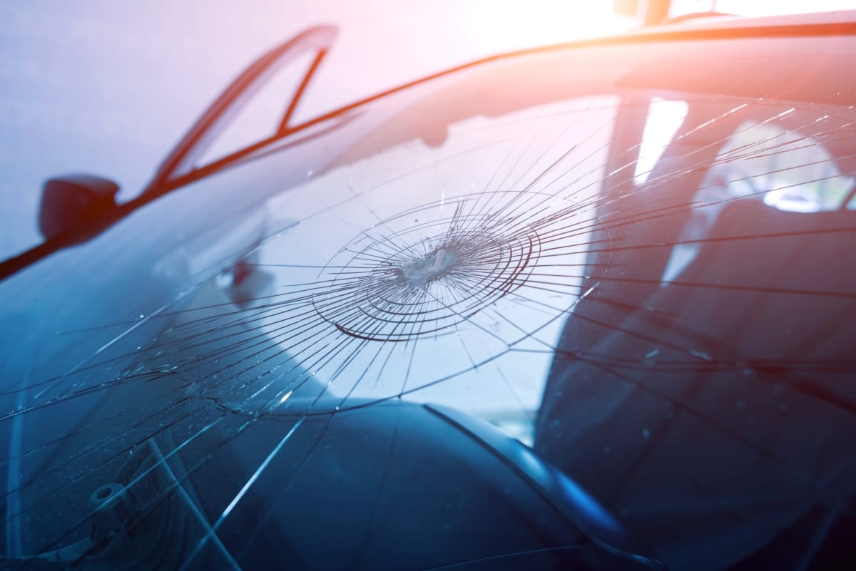 watch out for windshield insurance scams