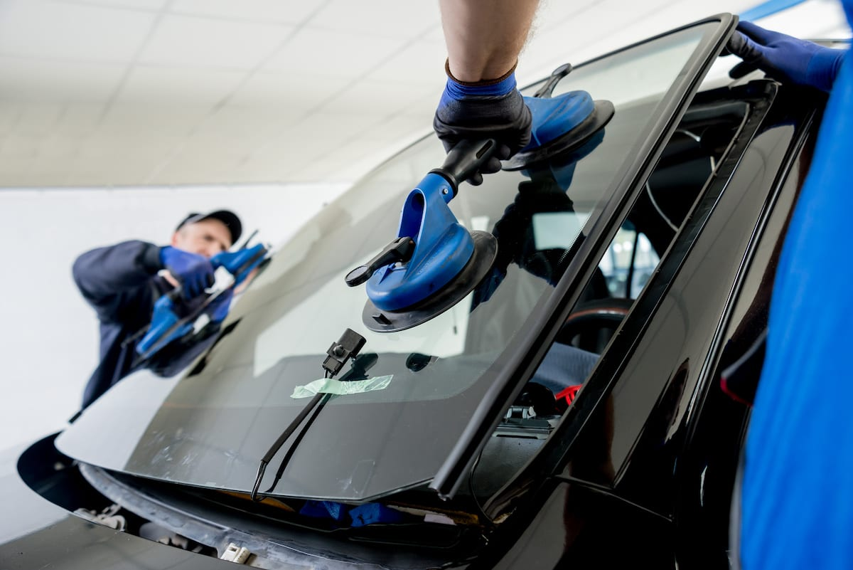 windshield replacement costs